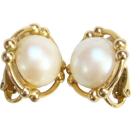 Vintage Richelieu Faux Pearl and Gold Tone Clip Earrings