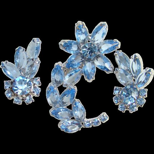 Vintage Sapphire Blue Rhinestone Brooch Earrings Demi Parure Unsigned