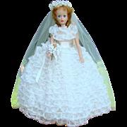 1965 Brenda Starr Yolanda Bride Doll 1030 Madame Alexander
