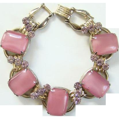Juliana 1950s Pearly Pink Milk Glass Rhinestone 5 Link Bracelet DeLizza Elster D & E
