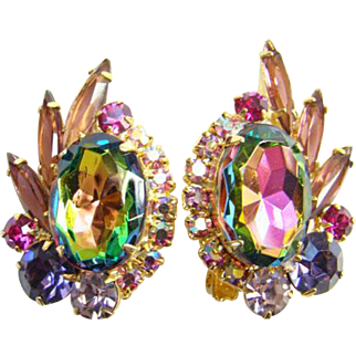 1964 Juliana Heliotrope Rhinestone Clip Earrings Verified Book Piece DeLizza Elster
