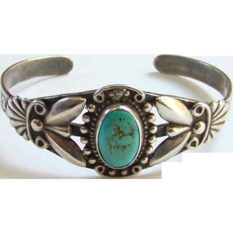 Vintage Fred Harvey Era Southwestern Navajo Style Turquoise Cuff Bracelet Sterling Silver Stamp Decoration