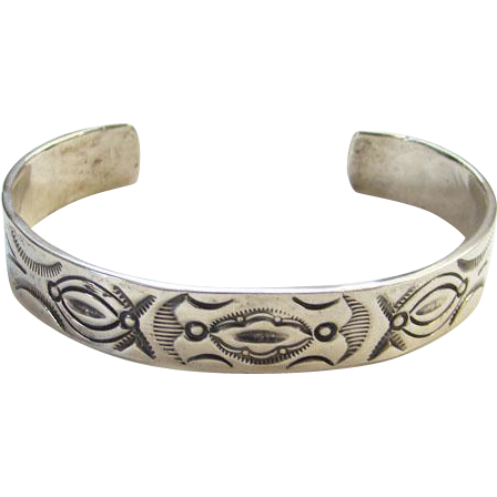 Vintage Joe Delgarito Navajo Sterling Silver Cuff Bracelet Stamped Design L.A. Willie