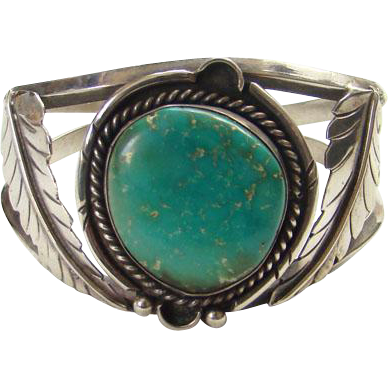Native American Sterling Silver Green Turquoise Cuff Bracelet Two Feathers Navajo
