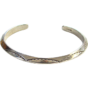 Vintage Native American Carinated Sterling Silver Cuff Bracelet Stamp Decoration Hallmarked