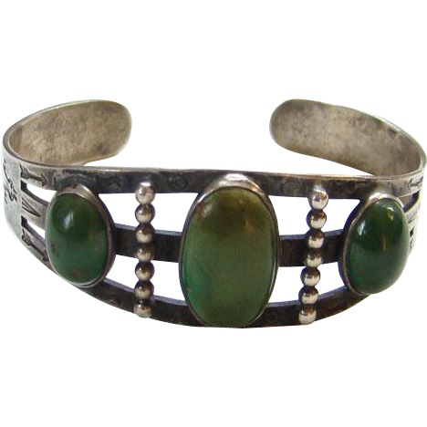 Navajo Style Green Turquoise Cuff Bracelet Sterling Silver Stamp Decoration Southwestern Tribal