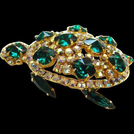 Vintage Emerald Green Rivoli Rhinestone Figural Turtle Pin Brooch Aurora Borealis Goldtone