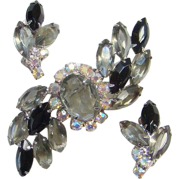 Black Diamond Rhinestone Brooch Clip Earrings Set Aurora Borealis Unsigned