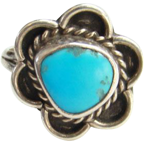 Southwestern Navajo Vintage Turquoise Ring Size 7.5 Sterling Silver