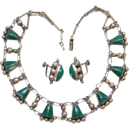 Del Rio Mexico Mexican 925 Sterling Silver Link Necklace Screw Back Earrings Green Agate Stones Signed Boho Bohemian Chic