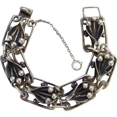 Old Arts and Crafts Style Link Bracelet Sterling Silver Handwrought Stylized Floral Lily Design