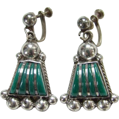 Taxco Mexico Sterling Silver Green Agate Earrings Screw Back Mexican Jewelry