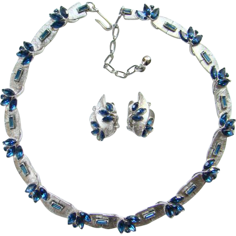 1950s Crown Trifari Montana Blue Rhinestone Choker Necklace Earrings Silvertone Signed