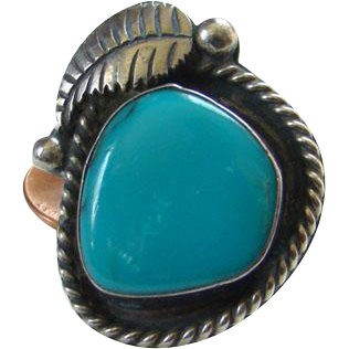Large Navajo Style Turquoise Sterling Silver Ring Size 7 Beautiful Color Stone