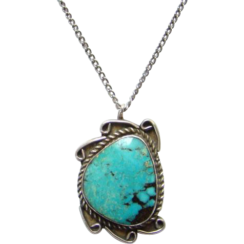 Vintage Navajo Style Turquoise Sterling Silver Pendant Necklace Beautiful Stone Black Matrix Southwestern