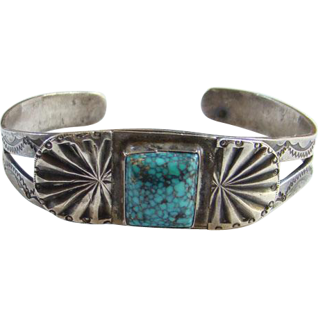 Old Native American Rare Gem Spiderweb Turquoise Cuff Bracelet Sterling Silver Fabulous Stone C1930s