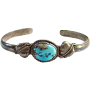 Old Navajo Style Turquoise Cuff Bracelet Sterling Silver Beautiful Stone Southwestern
