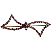 Antique Victorian Rose Cut Red Bohemian Garnet Bow Pin Brooch Gold Filled