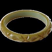 Vintage Deeply Carved Olive Green Bakelite Bangle Bracelet Tested Bakelite Jewelry Art Deco