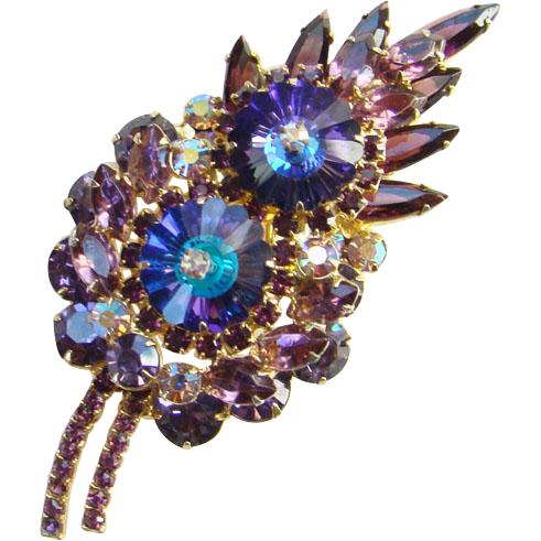 1964 Juliana Amethyst Margarita Rhinestone Brooch Pin Stylized Leaf D and E Book Piece