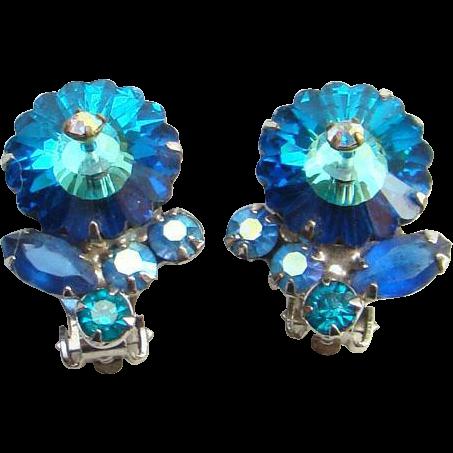 Vintage Juliana Teal Blue Margarita Rhinestone Clip Earrings DeLizza Elster