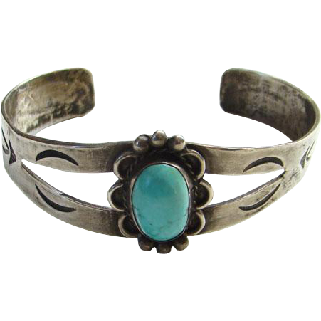 Vintage Southwestern Native American Turquoise Cuff Bracelet Sterling Silver Handmade Boho Bohemian Chic