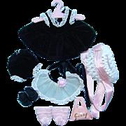 1957 Vogue Ginny Doll Black Velvet Dress Apron Hat Outfit for Bent Knee Walker