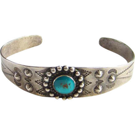Fred Harvey Navajo Indian Turquoise Cuff Bracelet Stamp Decorated Sterling Silver 1940s