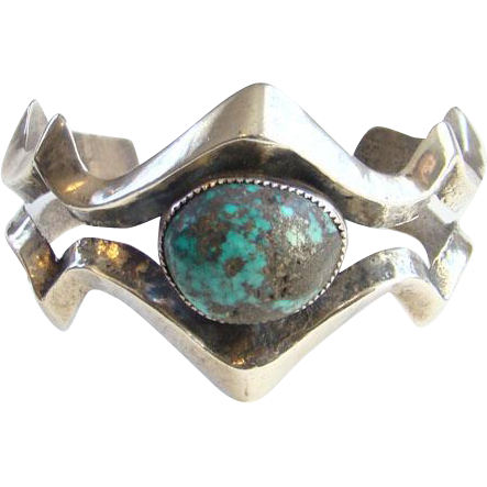 Old Native American Sand Cast Natural Turquoise Cuff Bracelet Sterling Silver Heavy Southwestern