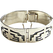 Taxco Mexico Mexican Sterling Silver Overlay Geometric Hinged Bracelet TR-71 Hallmarked