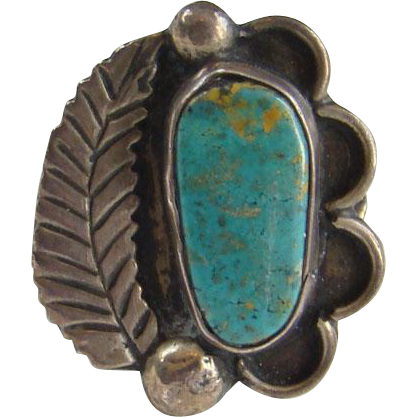 Vintage Native American Navajo Turquoise Ring Size 7.75 Sterling Silver Interesting Band