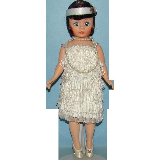 Madame Alexander Portrettes Flapper Doll in White Cissette 1118 in Box Brunette