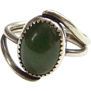 Vintage Modernist Style Green Stone Sterling Silver Ring Size 6