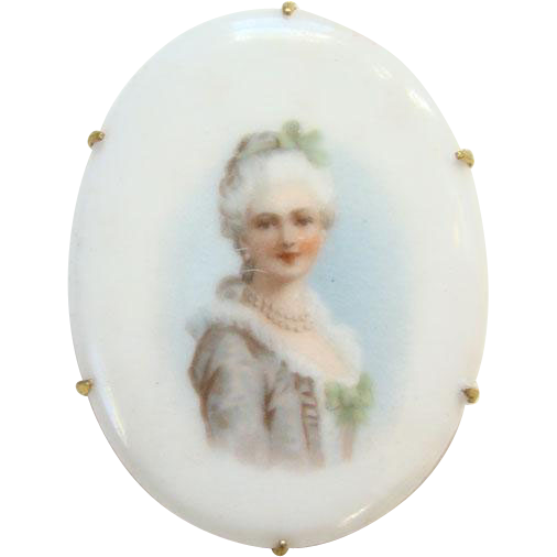 Vintage Old Oval Porcelain Portrait Brooch Pin of 18th Century Georgian Lady with White Powdered Wig