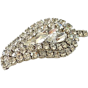 Clear Rhinestone Vintage Stylized Leaf Pin Brooch in Silvertone