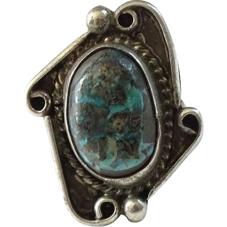Vintage Native American Navajo Turquoise Ring Size 4.5 Great Stone