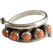 Vintage Native American Zuni Sterling Coral Snake Eye Row Ring Size 8