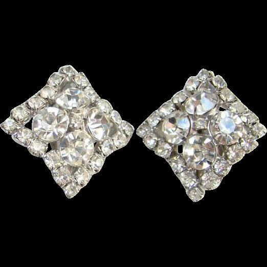 Vintage C1960s Clear Ice Rhinestone Clip Earrings Nine Large Brilliant Stones