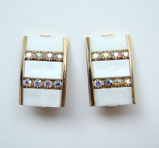 Kramer C1955 Clip Earrings White w/AB Rhinestones