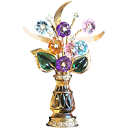Exquisite Figural Vase Brooch of Carved Semi-Precious Flowers. 14Kt Gold. 1960's.