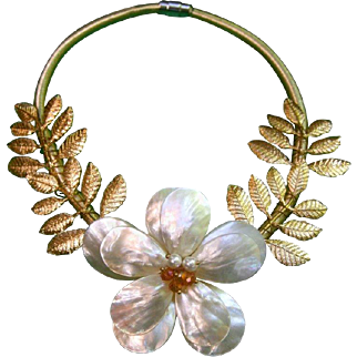 Mother of Pearl Gilt Leaf Choker on Cord.