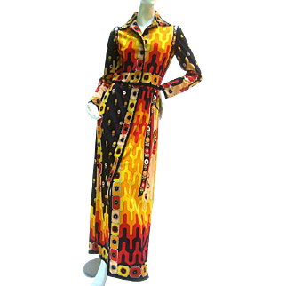 Paganne Mod Print Poly Knit Gown. 1970's.