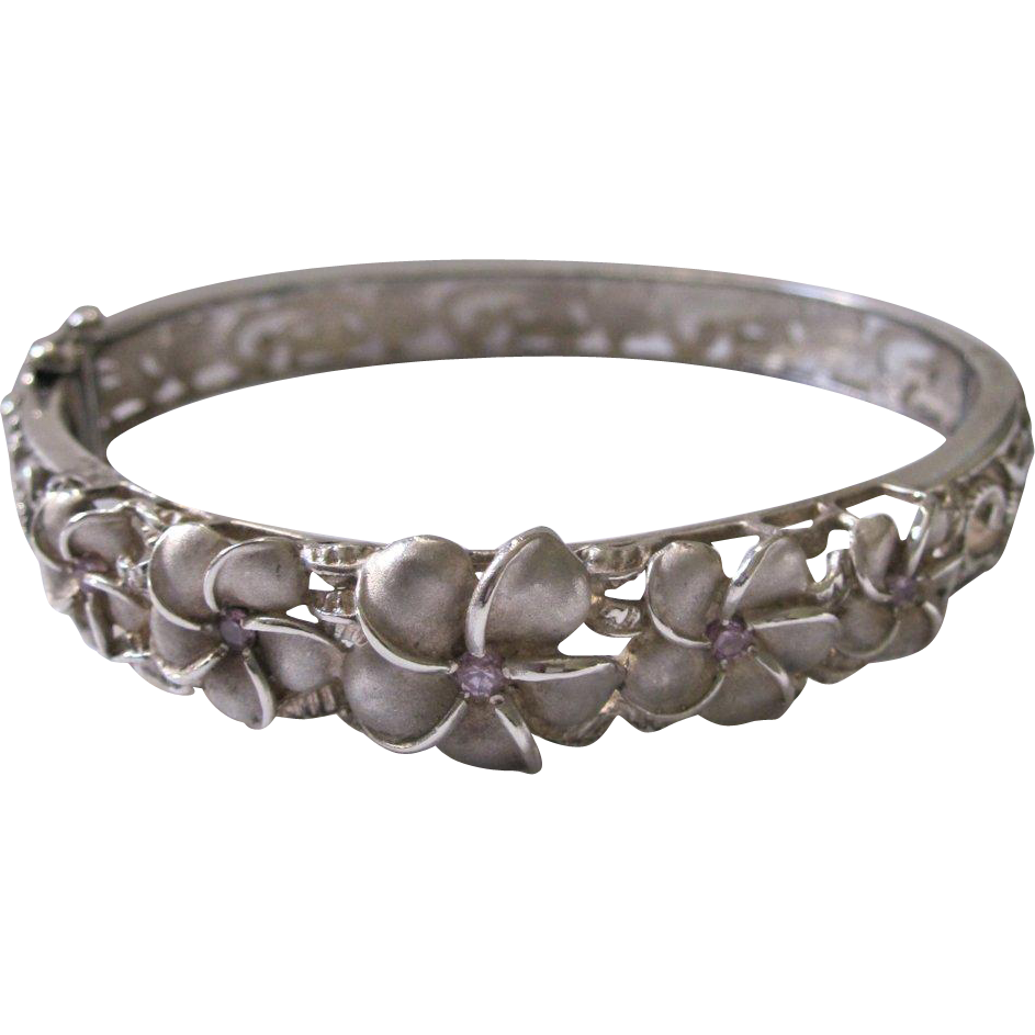 victorian sterling bee good glory at hinged jewelry by size morning circa with silver a bracelet motif horseshoe product smaller luck bangles standard and than bangle