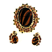 Juliana Tortoise Glass Vintage Brooch and Earrings Set by DeLizza and Elster