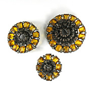 Pomerantz Yellow Flower Brooches Vintage Set
