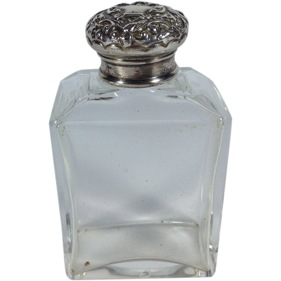 1901 English Toiletries Bottle with a Sterling Lid