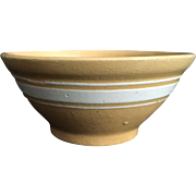 1915-1925 Yellow Ware Bowl