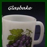 Glasbake Purple Grapes Mug