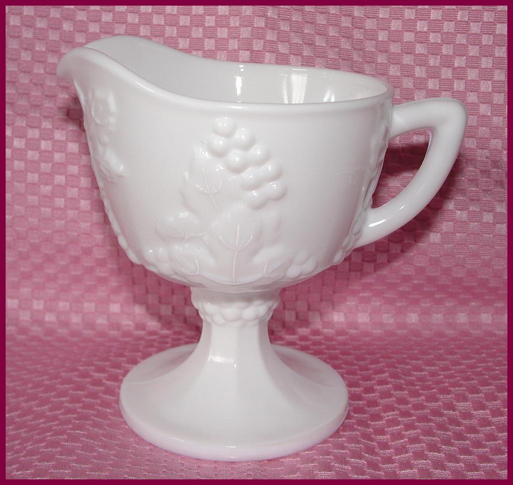Indiana Glass Milk Harvest Grape Creamer