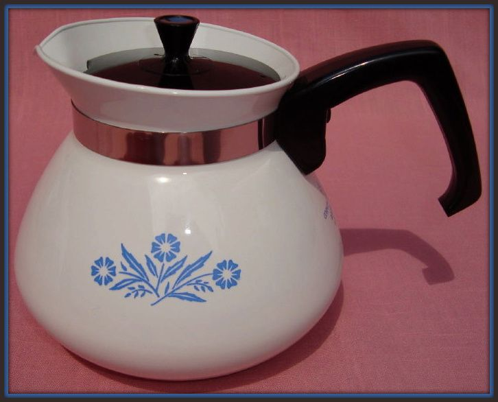 Corning Cornflower Blue 6 Cup Teapot